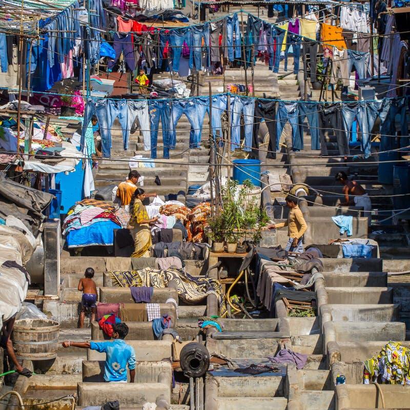 Povos em Dhobi Ghat fotos de stock royalty free