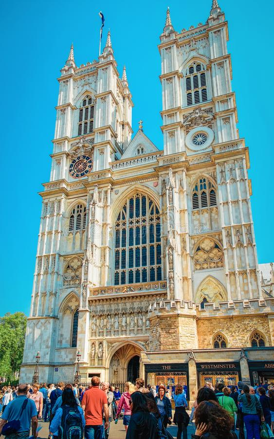 Povos em Westminster Abbey English Church em Londres foto de stock royalty free