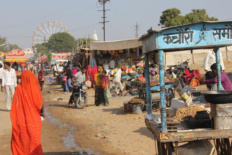 Povos indianos em Pushkar justo fotografia de stock royalty free