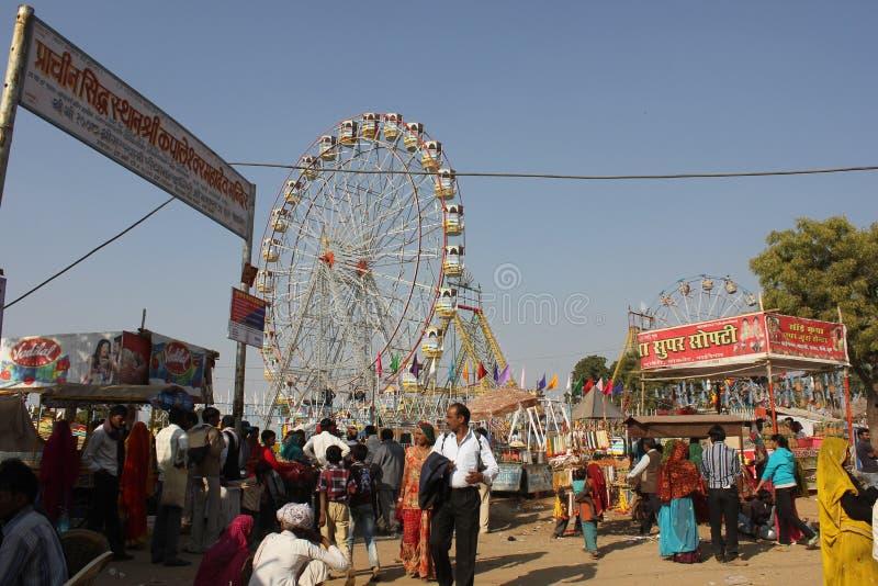 Povos indianos em Puskar justo imagens de stock royalty free