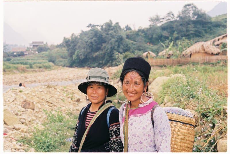 Povos locais em Ta Van, SaPa, Vietname fotos de stock royalty free