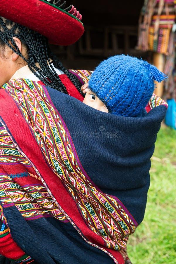 Povos peruanos, Peru Baby, curso fotografia de stock