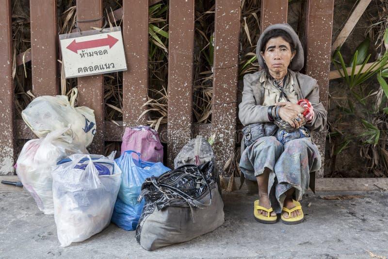 Povos pobres em Banguecoque foto de stock royalty free