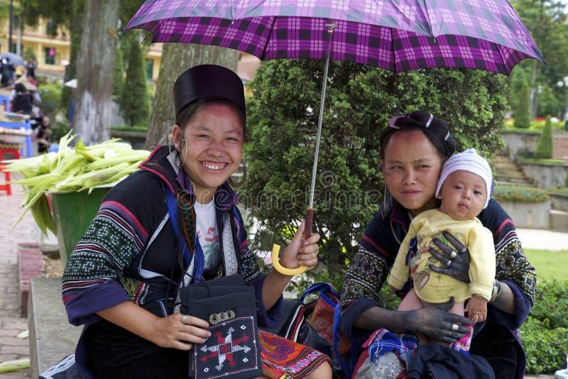 Povos pretos da minoria étnica de H'mong imagem de stock