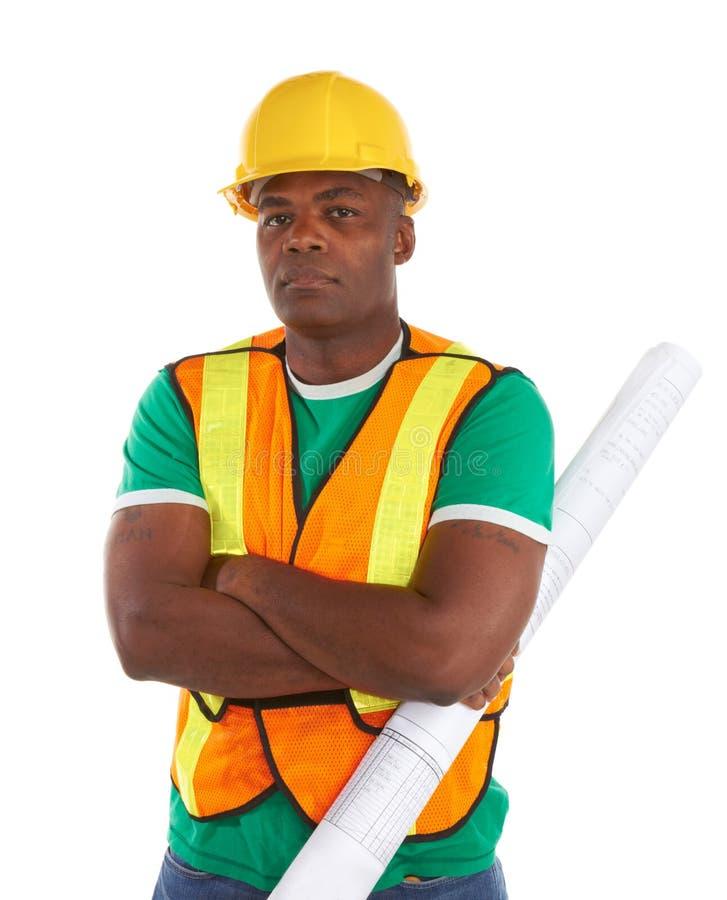 Poważny amerykanina afrykańskiego pochodzenia pracownik budowlany zdjęcia stock