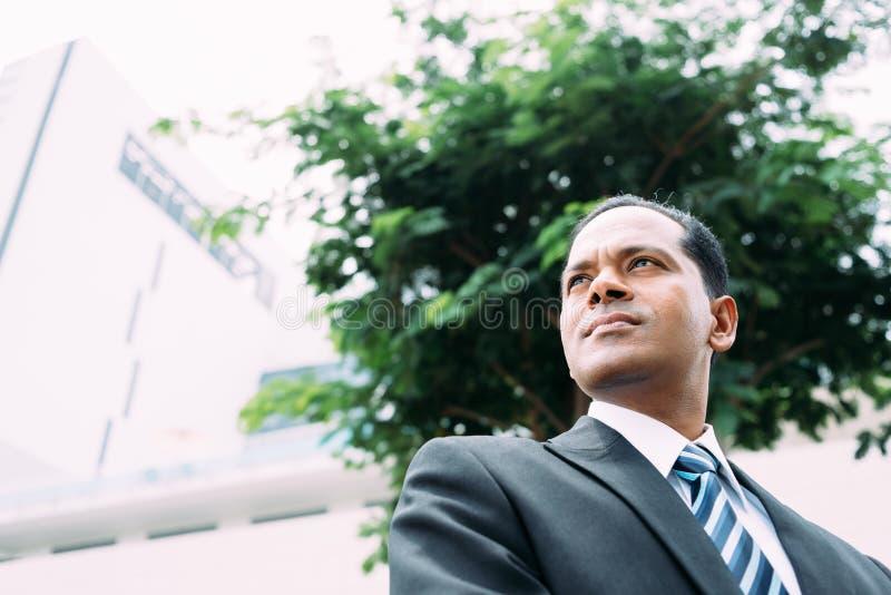 Poważny Indiański biznesmen zdjęcia royalty free