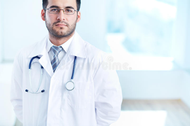 Poważny lekarz obraz stock