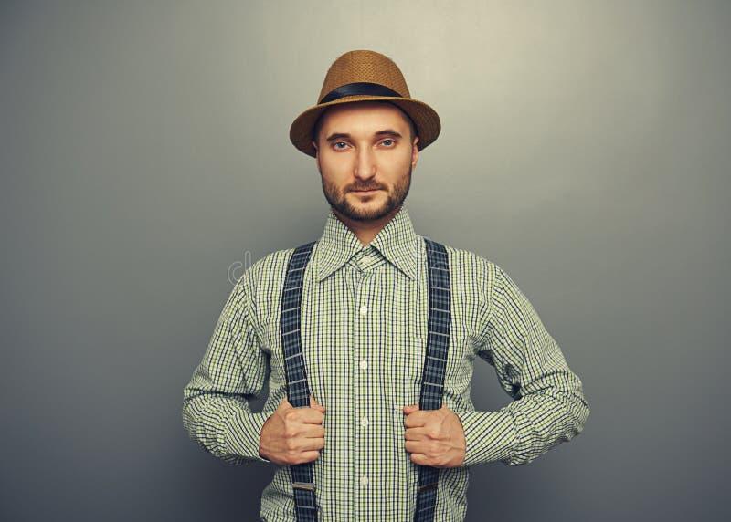 Poważny modnisia mężczyzna obraz stock