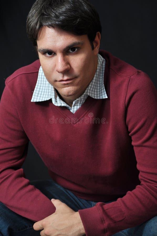 poważny wyrażeniowy mężczyzna zdjęcie stock