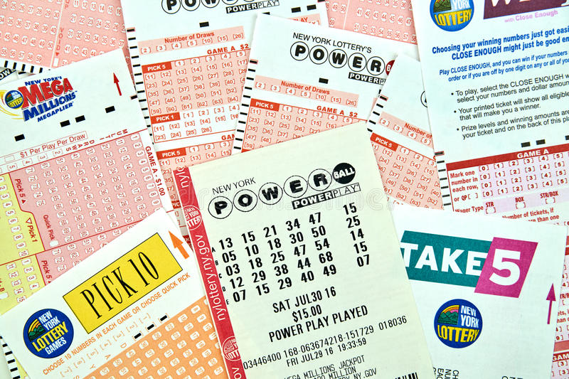 Powerball Lottery Tickets Editorial Photography Image Of Drawing 84451152