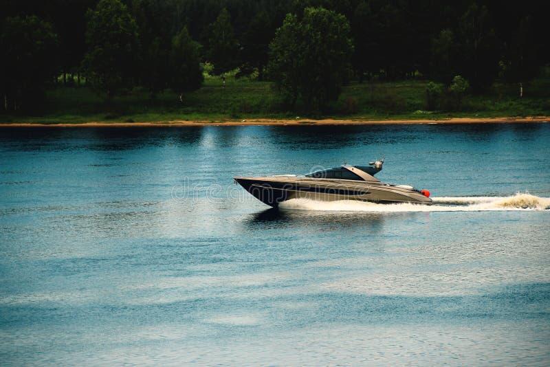 powerboat foto de stock
