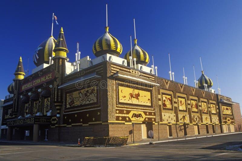 Powierzchowność Kukurydzany pałac, pobocza przyciąganie w Zachodnim Mitchell, SD fotografia royalty free