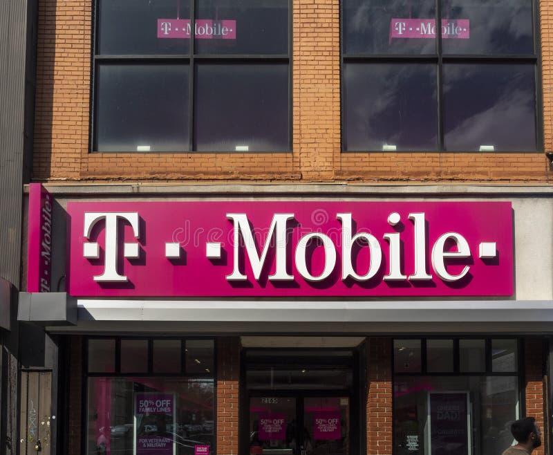 Powierzchowność T-Mobile sklep zdjęcie stock