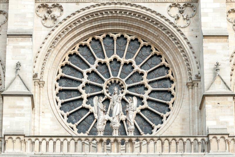 Powierzchowność westernu Różany okno notre-dame de paris katedra zdjęcia stock