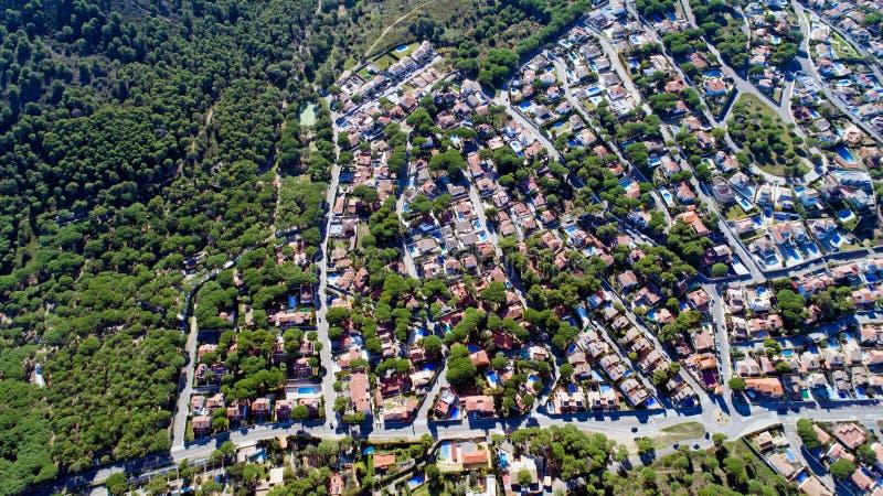 Powietrzna fotografia mieszkaniowy okręg w L ` Escala, Hiszpania obrazy stock