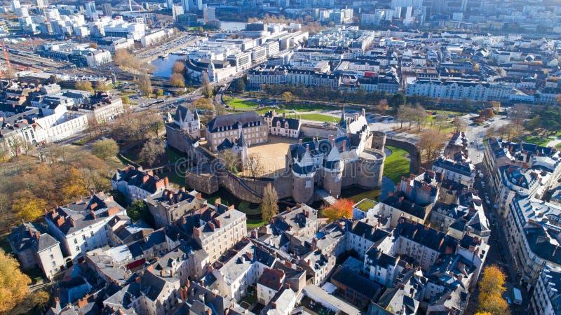 Powietrzna fotografia Nantes miasta kasztel w jesieni zdjęcia royalty free