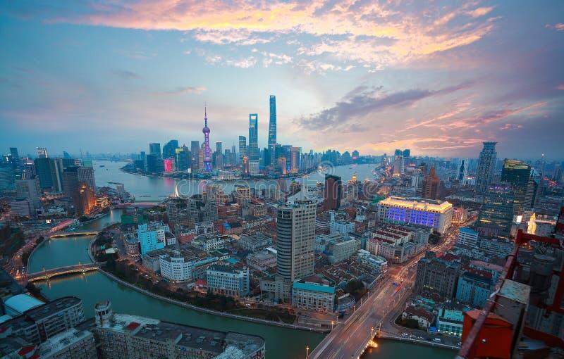 Powietrzna fotografia przy Szanghaj bund linią horyzontu zmierzch łuna zdjęcia stock