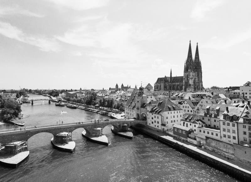 Powietrzna fotografia Regensburg miasto, Niemcy Danube rzeka, ar obraz royalty free