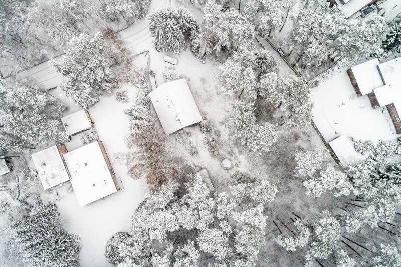 Powietrzna fotografia w pionowo perspektywie, zima krajobraz z si fotografia stock