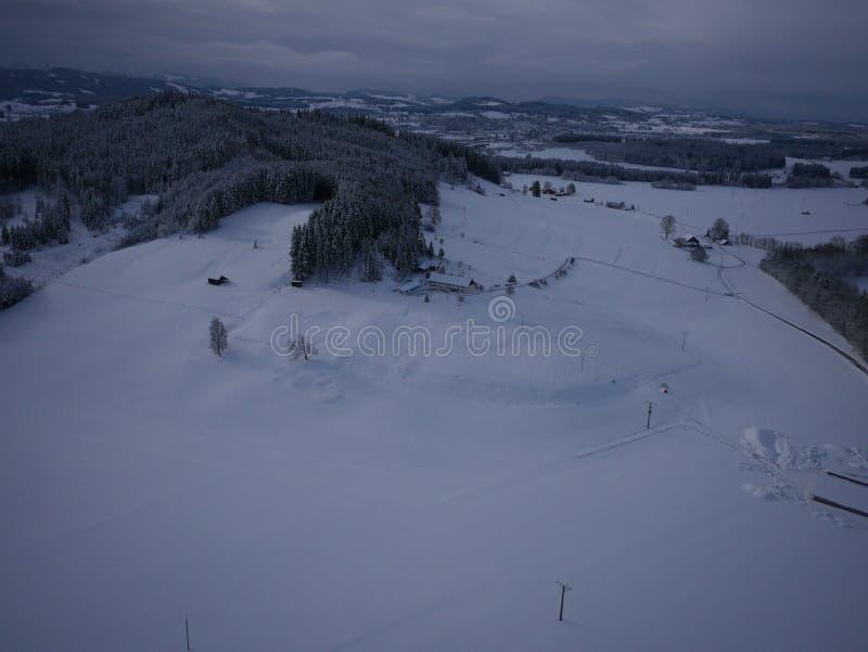 Powietrzna fotografia wioska w zimie obrazy royalty free