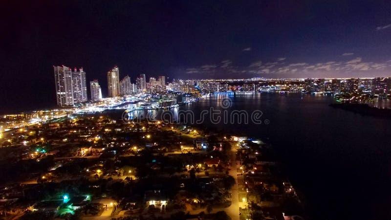 Powietrzna Miami Aventura nocy linia horyzontu fotografia stock
