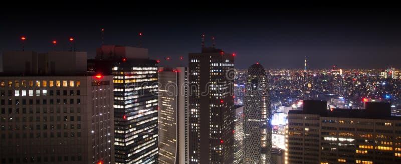 Powietrzna panorama nowożytny śródmieście przy nocą obrazy royalty free