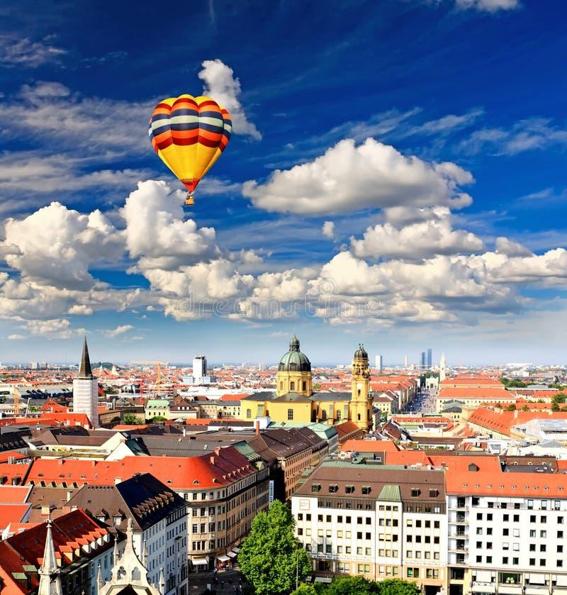 powietrzny cente miasta Munich widok zdjęcia stock