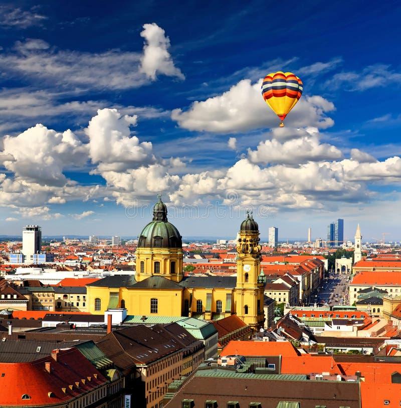powietrzny cente miasta Munich widok obrazy royalty free