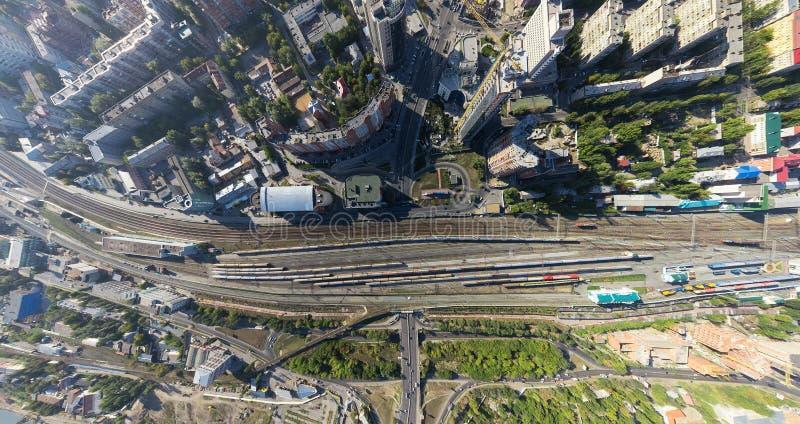 Powietrzny miasto widok z rozdroże budynkami i obraz royalty free