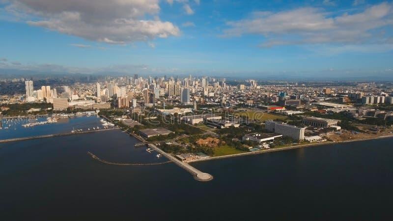 Powietrzny miasto z drapaczami chmur i budynkami Filipiny, Manila, Makati fotografia royalty free
