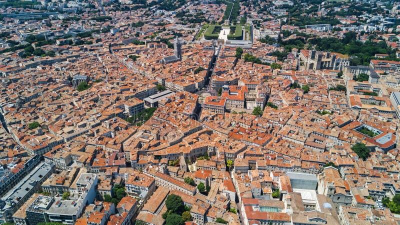 Powietrzny odgórny widok Montpellier miasta linia horyzontu od above, Południowy Francja fotografia royalty free