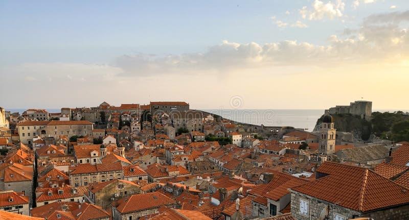 powietrzny panoramiczny widok Dubrovnik miasto zdjęcie stock