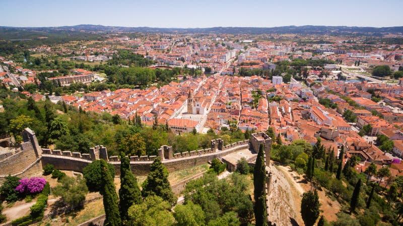 Powietrzny panoramiczny widok miasto Tomar fron Monastrty Convento De Cristo obraz stock