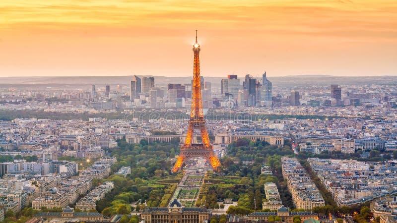 Powietrzny panoramiczny widok Paryski linia horyzontu, Francja zdjęcie royalty free