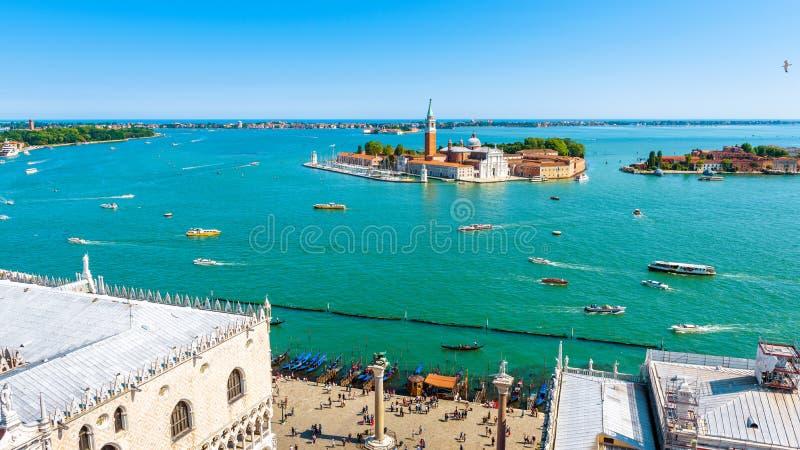 Powietrzny panoramiczny widok pogodny Wenecja w lecie, Włochy zdjęcia stock