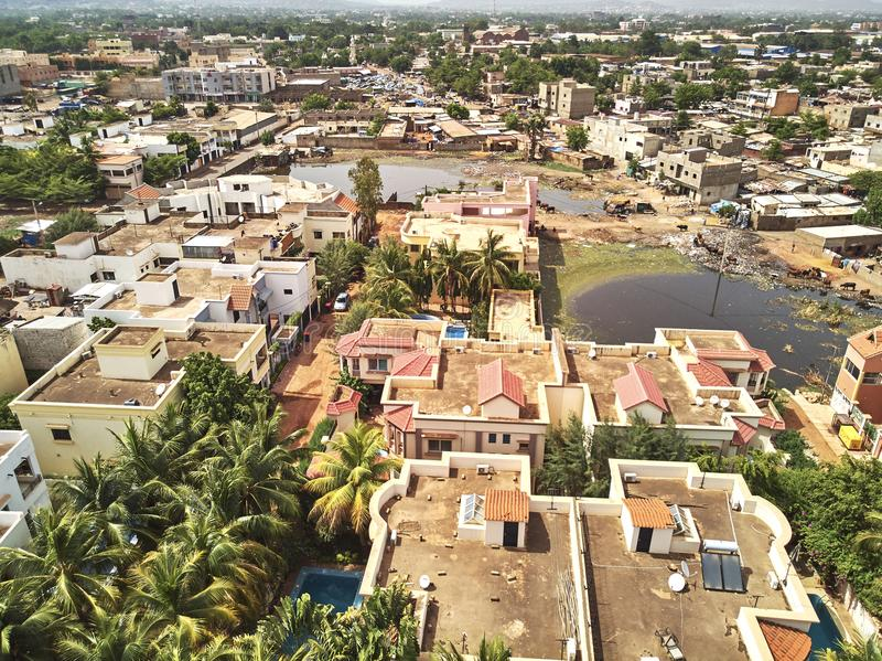 Powietrzny trutnia widok niarela Bamako Mali obraz stock