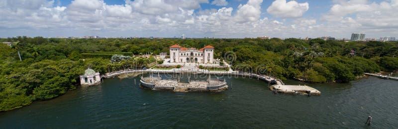 Powietrzny wizerunek Vizcaya muzeum Miami Floryda i ogródy obrazy stock