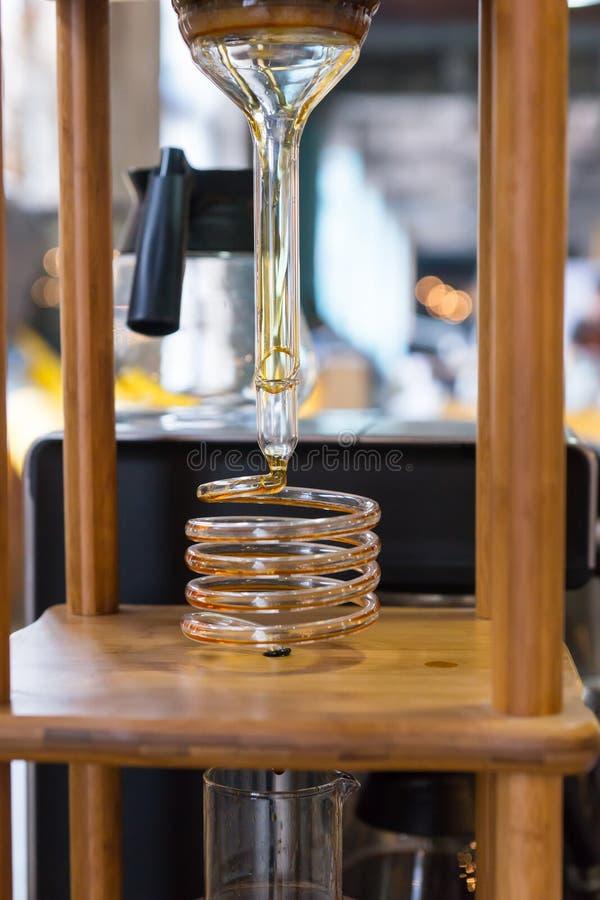 Powikłany kawowy robi contraption zdjęcia stock