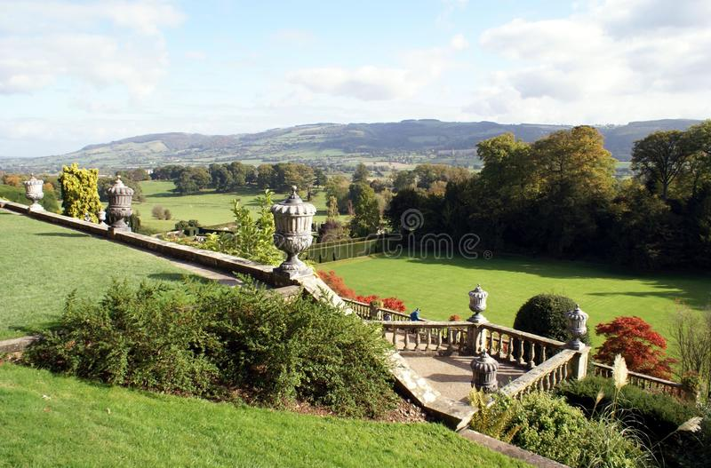 Powis城堡庭院,威尔士,英国 库存图片