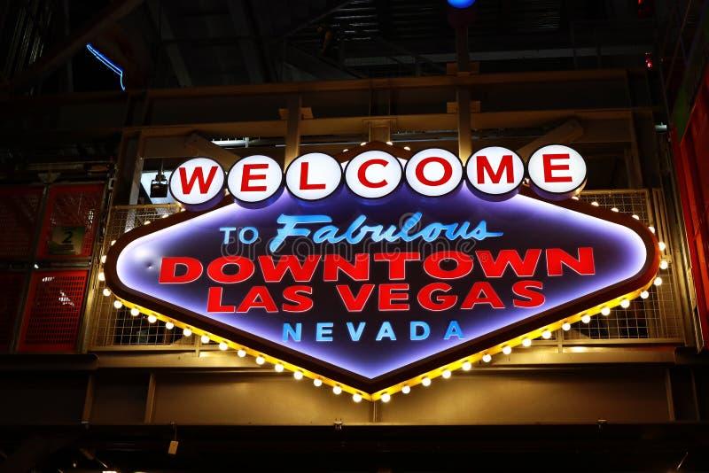 Powitanie Bajecznie W centrum Las Vegas znak przy Fremont ulicą obraz royalty free
