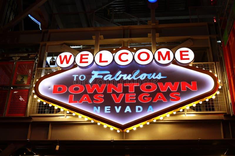 Powitanie Bajecznie W centrum Las Vegas znak przy Fremont ulicą zdjęcie stock