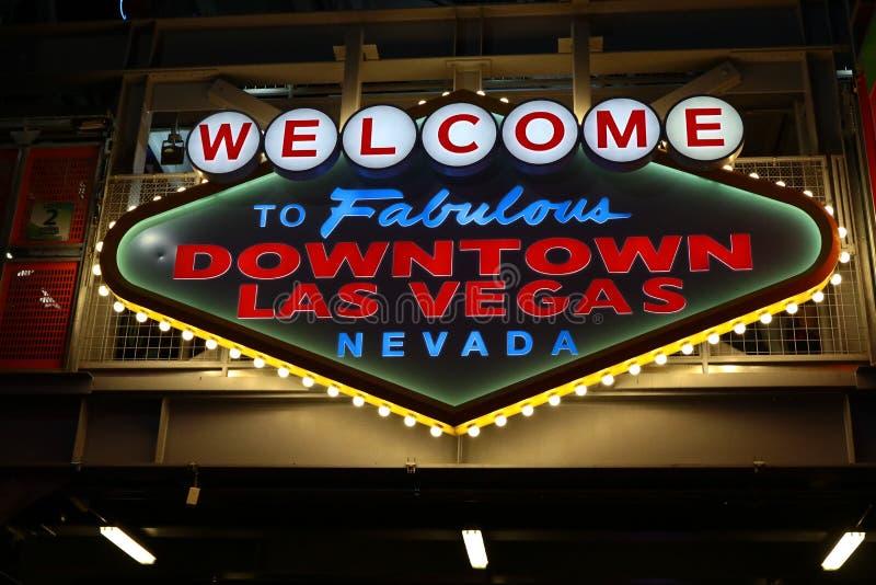Powitanie Bajecznie W centrum Las Vegas znak przy Fremont ulicą zdjęcia royalty free