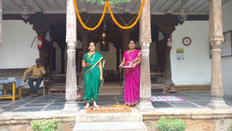 Powitanie przy dziedzictwo domem obrazy royalty free