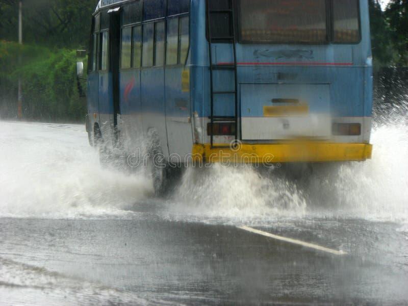 powodzie autobusowe obrazy stock