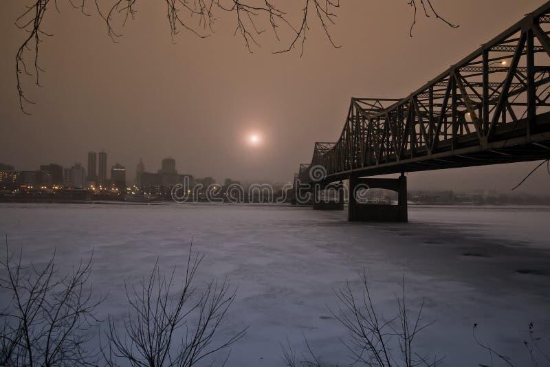 Powstający słońce W zimie fotografia royalty free