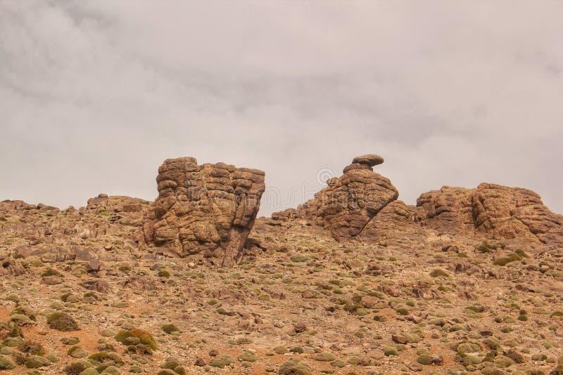 Powulkaniczne rockowe formacje w atlant górach Maroko obraz royalty free