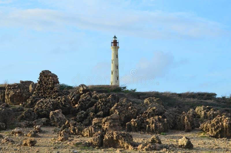 Powulkaniczne skały w Noord Aruba przy Kalifornia latarnią morską zdjęcie royalty free