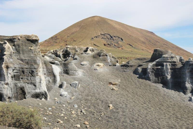 Powulkaniczny jar na Lanzarote, wyspy kanaryjska, Hiszpania obrazy stock