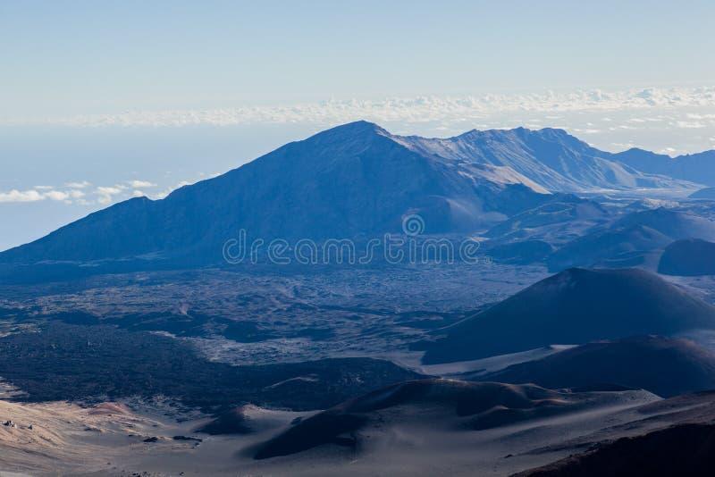 Powulkaniczny krater przy Haleakala parkiem narodowym na wyspie Maui, Hawaje zdjęcie stock