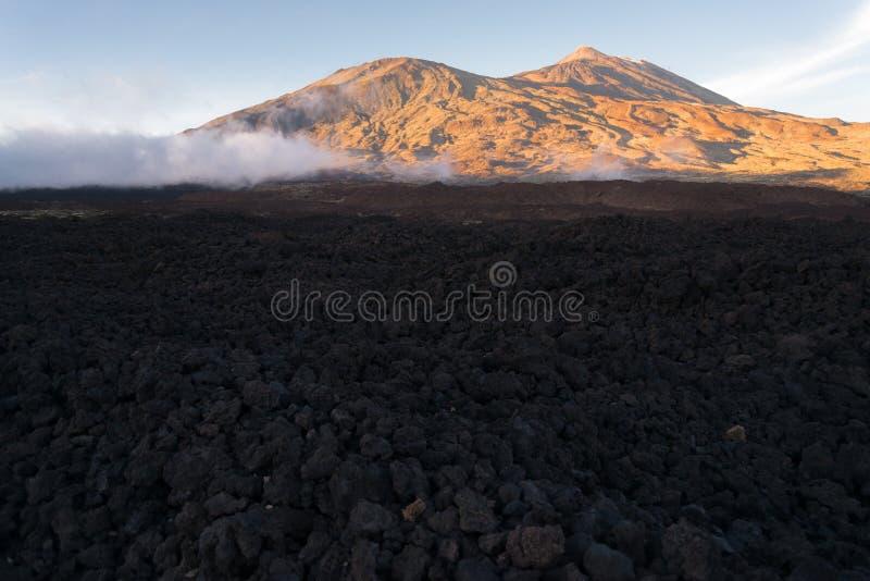 Powulkaniczny lawa krajobraz na Teide fotografia stock